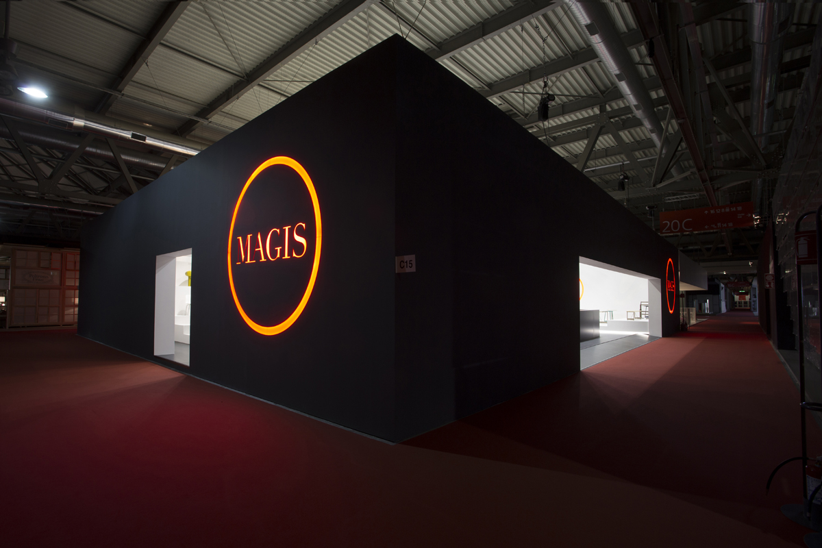 MAgis stand 16-32